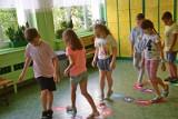 """W kilku zielonogórskich szkołach ruszył projekt """"Na przerwie razem"""". Te placówki stawiają na kreatywną naukę poprzez zabawę. Zobaczcie!"""