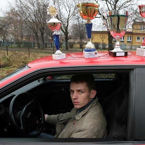 Choć Rafał odnosi sukcesy, jednak z wyścigami nie wiąże swojej przyszłości. - Żeby startami zająć się profesjonalnie, trzeba mieć dużo pieniędzy i wolnego czasu - mówi.