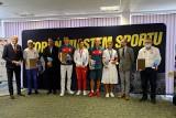 Prezydent Michał Zaleski spotkał się z olimpijczykami z Torunia. Były nagrody! (zdjęcia, video)