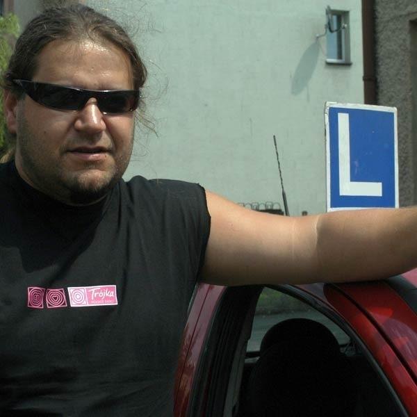 Aby zagłosować na Krzysztofa należy wysyłać SMS-a pod numer 71123 (w treści wpisać: KRZYSZTOF - koszt SMS-a 1 zł + VAT). Głosowanie trwa do piątku (20 lipca) do godziny 10.