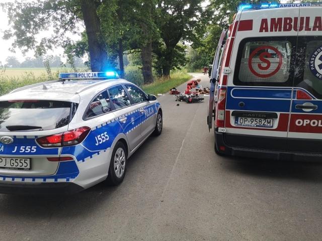 Wypadek pod Namysłowem na drodze Bażyna - Ligota Książęca.