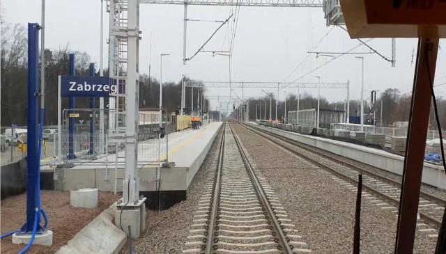 Na odcinku Zabrzeg  - Czechowice-Dziedzice ruch kolejowy odbywa się  jednym torem  - tak będzie do 13 marca 2022 r.
