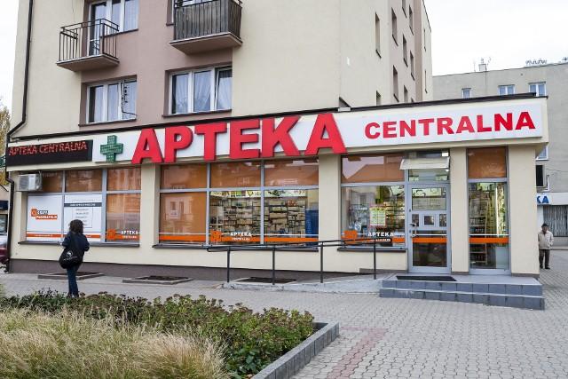 Nowelizacja ustawy Prawo farmaceutyczne wywróciła do góry nogami polski rynek apteczny.