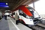 """Dworzec Letni w Poznaniu: """"Jubilat"""" wyruszył w kierunku Piły [ZDJĘCIA]"""