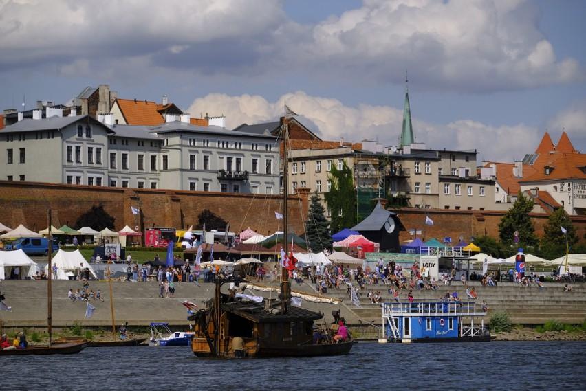 Festiwalowa armada powinna dotrzeć do Torunia bez względu na stan wody w Wiśle