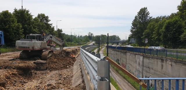 Remont tunelu tramwajowego na ulicy 3 Maja w SosnowcuZobacz kolejne zdjęcia. Przesuwaj zdjęcia w prawo - naciśnij strzałkę lub przycisk NASTĘPNE