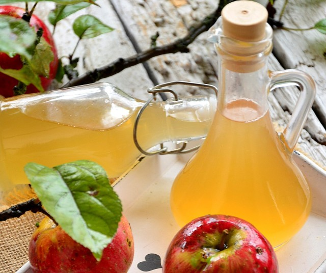 Domowy ocet jabłkowy jest prosty do zrobienia. Zobaczcie przepis naszej Czytelniczki.