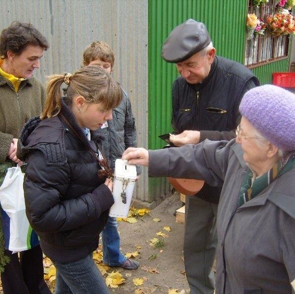 W zbiórce uczestniczyły m.in. dzieci i młodzież