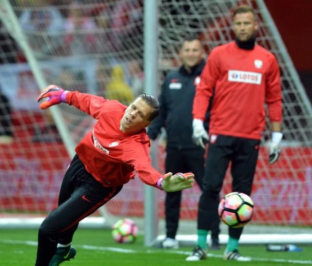 Wojciech Szczęsny ostatnio przegrywał rywalizację o miejsce w bramce reprezentacji Polski. W klubie radzi sobie jednak bardzo dobrze. W tym sezonie już w 12 meczach nie puścił bramki.