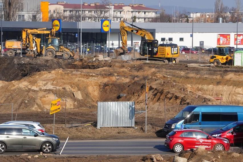 Od 17 lipca na ul. Lechickiej wprowadzony będzie ruch...