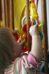 Wychowywanie dzieci nie jest proste. Jak radzić sobie z emocjami? (WIDEO)