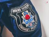 Policjanci w Zabrzu zatrzymali poszukiwanego 32-latka. Pił alkohol i nie miał maseczki. Rozpoznali go policjanci