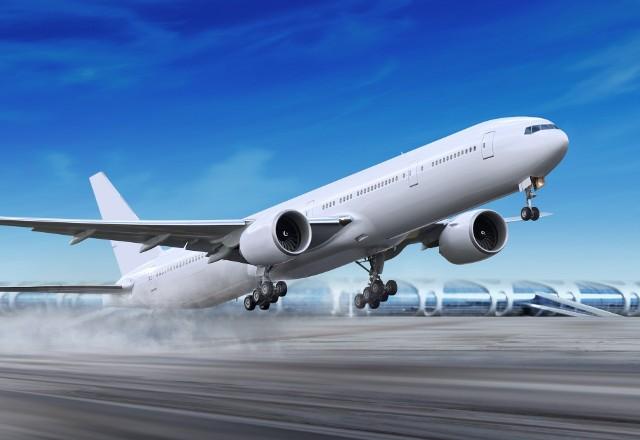 Tylko w pierwszym półroczu 2018 roku aż 163 tys. pasażerów polskich lotnisk ma prawo do wypłaty odszkodowań na kwotę prawie 200 mln zł! To ponad trzy razy więcej niż w analogicznym okresie poprzedniego roku.