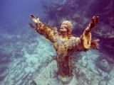 Niezwykłe zdjęcia zatopionych ruin. Są dowodem na istnienie Atlantydy? Niektóre z powrotem się wyłaniają