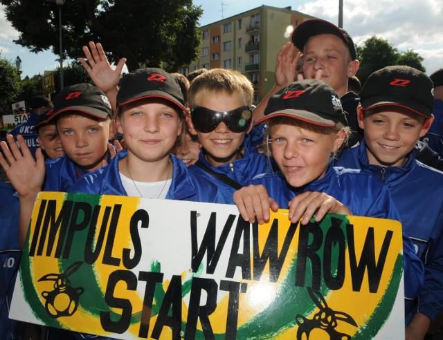 Agnieszka Augustyniak (z lewej) i Aleksandra Kożuchowska będą walczyły ze swymi kolegami z Impulsu Startu Wawrów o triumf w kategorii do 13 lat