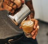 KAWA - jaki ma skład? Ile kaw dziennie nie szkodzi zdrowiu? Sprawdź ciekawostki dotyczące kawy