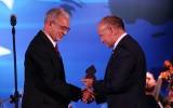 XXX Forum Ekonomiczne: PGNiG z tytułem Firmy Roku. Swiatłana Cichanouska z aplauzem na stojąco