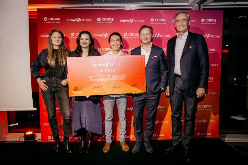 Startup MakeGrowLab został polskim finalistą konkursu Chivas Venture dla przedsiębiorstw odpowiedzialnych społecznie. Nagrodę w wysokości 40 tys. dolarów odebrał Josh Brito, współzałożyciel spółki.