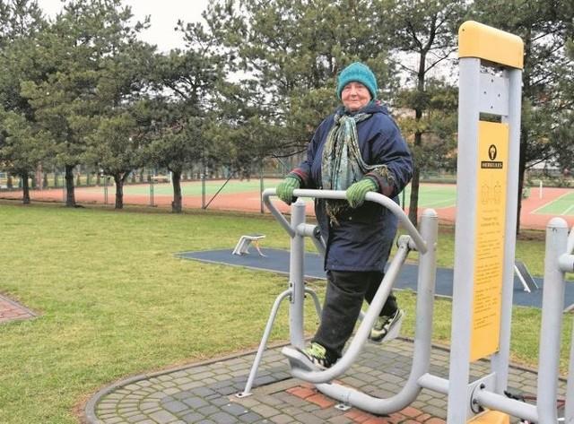 Maria Gordulska-Biernacka z Łomży jest aktywną emerytką i planuje wyrobić Łomżyńską Kartę  Seniora. Już cieszy się ze zniżek, które ona zapewnia