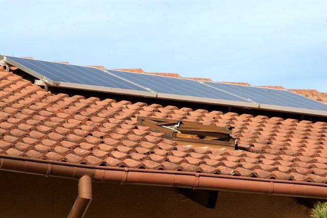 Jak się okazuje, najpopularniejsze są mikroinstalacje wykorzystujące energię promieniowania słonecznego (PV).