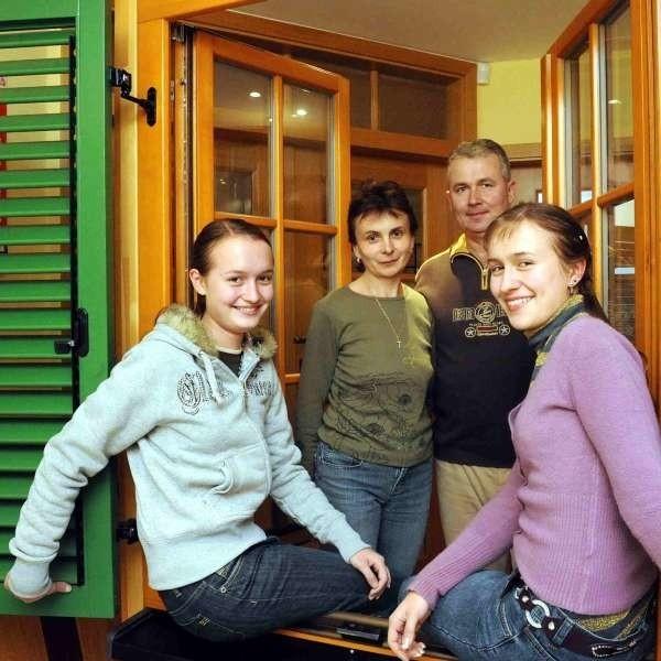 Nikol, Edyta, Ryszard i Joanna Halupczokowie.