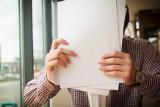 Nawet 5 tys. zł kary za niezgłoszenie umowy o dzieło do ZUS! Kiedy zarejestrować umowę o dzieło?