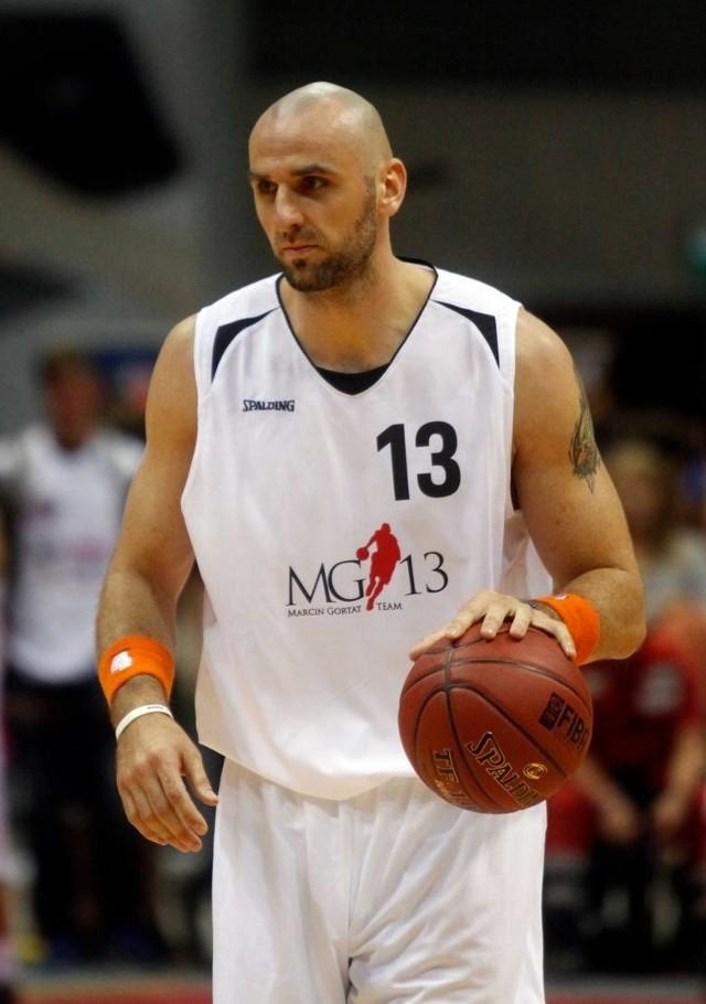 Marcin Janusz Gortat (ur. 17 lutego 1984 w Łodzi) – polski koszykarz, występujący na pozycji środkowego, reprezentant kraju. Jedyny Polak w historii NBA, który awansował do jej finału (2009 rok). Więcej na kolejnym slajdzie>>>