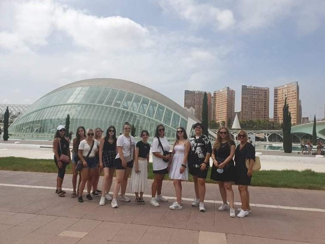 Starachowiccy uczniowie zwiedzili hiszpańska Walencję.