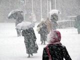 Pogoda na Boże Narodzenie. IMGW informuje: niektórzy mogą spodziewać się białych świąt! Sprawdź, gdzie spadnie śnieg