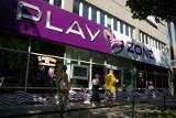 Klienci Play bez roamingu krajowego w centrum Poznania. Co to oznacza?