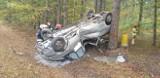 Wypadek koło Zaklikowa. Samochód dachował w rowie, kierowca wydmuchał 2,5 promila alkoholu (ZDJĘCIA)