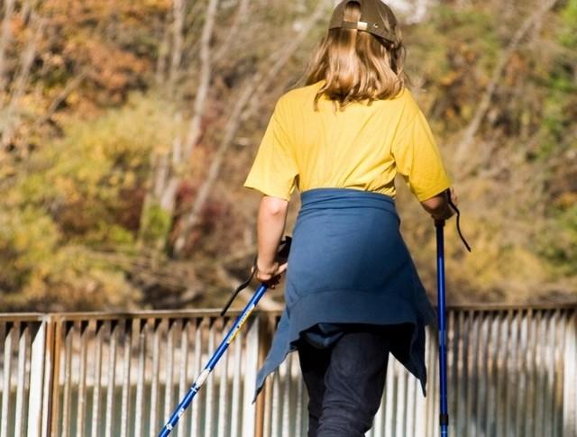 Ośrodek Kultury i Rekreacji w Jeziorach Wielkich zaprasza na 1. Amatorski Rajd Nordic Walking.
