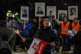 Gdyński Marsz Pamięci Żołnierzy Wyklętych 1.03.2020. Gdynianie złożyli hołd bohaterom antykomunistycznego podziemia [zdjęcia]