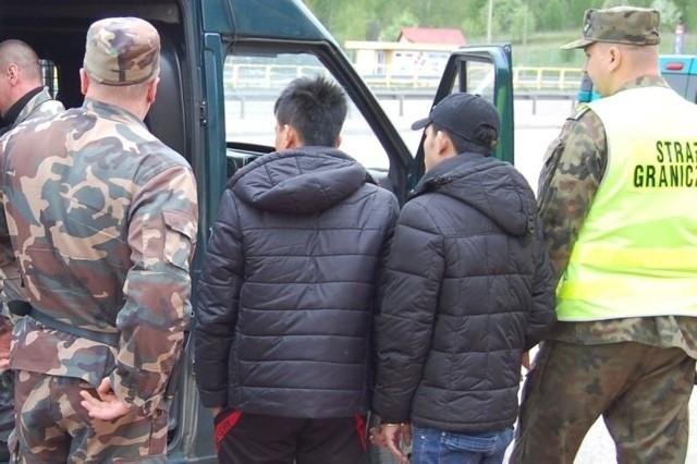 czterech Wietnamczyków zatrzymali w Augustowie podlascy pogranicznicy