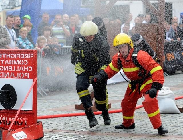 Strażacy walczą nie tylko z ogniem