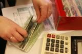 Pracownicy administracji skorzystają na podwyżce minimalnego wynagrodzenia podwójnie? Kto jeszcze