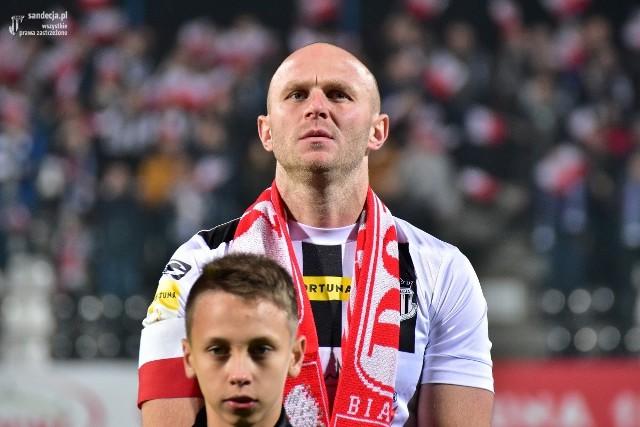 Dawid Szufryn jest kapitanem i silnym punktem Sandecji Nowy Sącz. W lidze zagrał 18 meczów