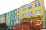 Alarm bombowy w szkole w Kościerzynie! Wiadomość z informacją o ładunku wybuchowym trafiła na skrzynkę e-mailową PZS 1