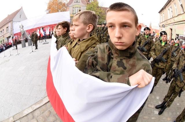Uroczyste obchody stulecia odzyskania przez Polskę niepodległości w Zielonej Górze.