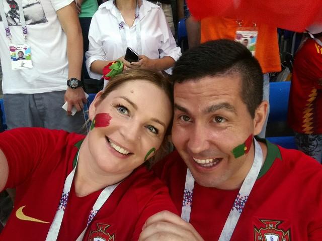 Małgorzata Milewska-Augusto z mężem Portugalczykiem w Soczi nie tylko świetnie bawili się na meczu Hiszpanii z Portugalią, lecz także spotkali reprezentantów Polski.