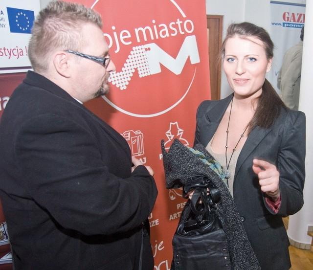 """Ewa Troszyńska, studentka polonistyki rozmawia z Marcinem Michalskim, szefem włocławskiej anteny Radia """"GRA"""""""
