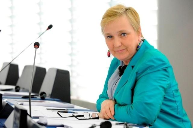 Operatorzy telefonii komórkowej zawyżają cenyRóża Thun w Europarlamencie.