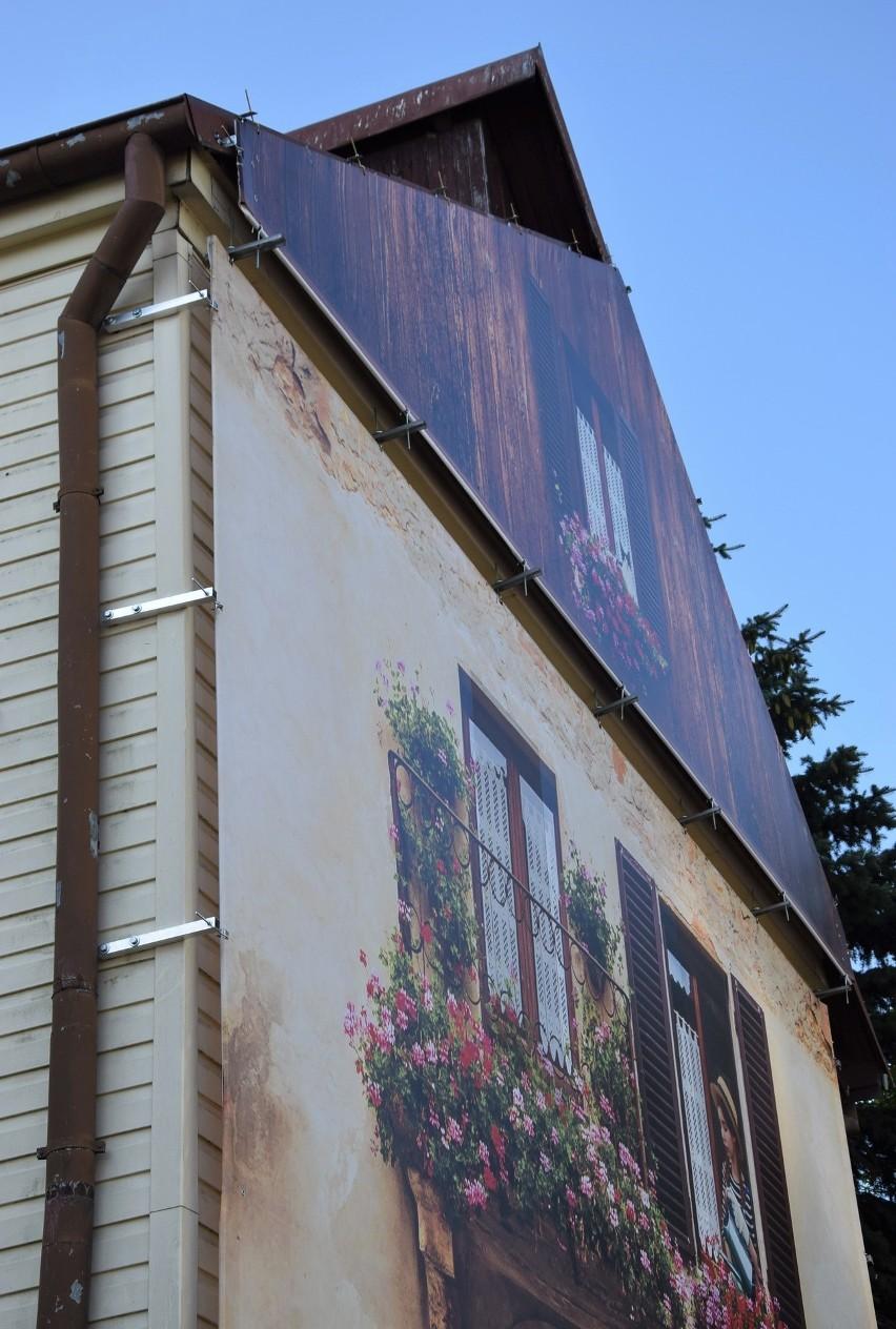 Obraz na ścianie budynku przy ul. Wierzbowej budzi spore...