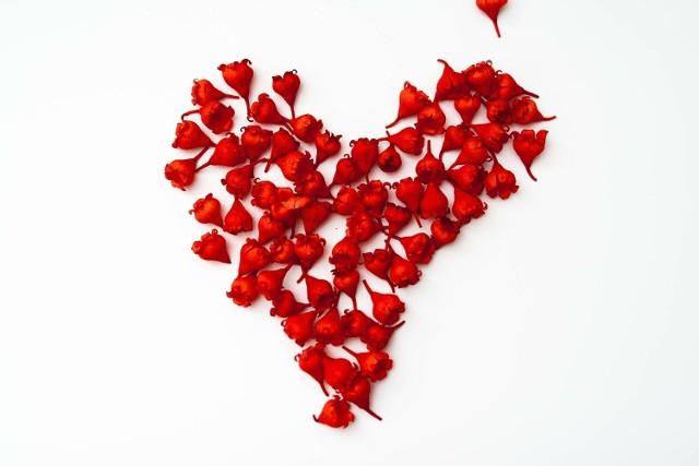 Wierszyki na Walentynki. Życzenia dla zakochanych. Walentynkowe wierszyki miłosne