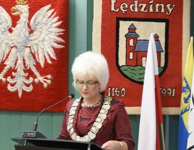 Krystyna Wróbel, burmistrz Lędzin