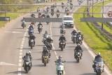 Poznań: Motocykliści rozpoczęli sezon 2019. Wielka parada motocyklowa przejechała ulicami miasta [ZDJĘCIA, WIDEO]