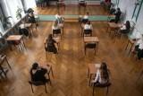 Wyniki matur 2020. Oto 10 białostockich szkół które najlepiej, i 10 które najgorzej poradziły sobie z językiem polskim