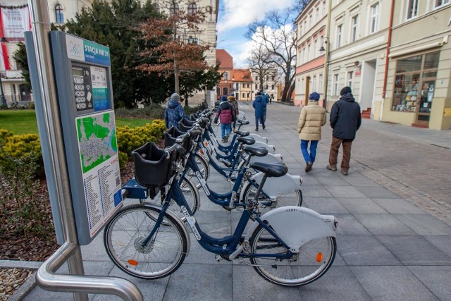 Obsługa Bydgoskiego Roweru Aglomeracyjnego w 2021 roku będzie kosztować blisko 1,3 mln zł. Z uwagi na zmianę operatora konieczna jest nowa rejestracja użytkowników systemu.