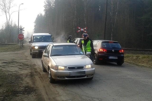 """Dzisiaj rano podczas akcji """"Trzeźwy poranek"""" funkcjonariusze, w tylko niespełna trzy godziny, sprawdzili stan trzeźwości blisko 1200 kierujących."""