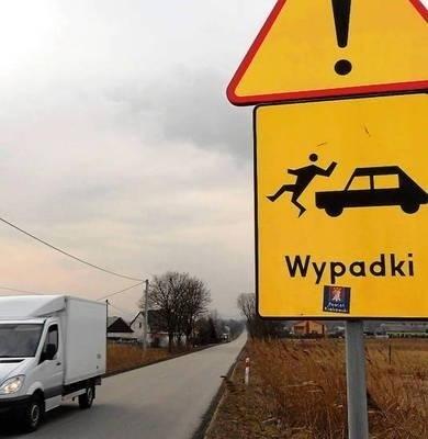 Budowa chodnika przy drodze w Zagaciu stoi pod znakiem zapytania FOT. BARBARA CIRYT